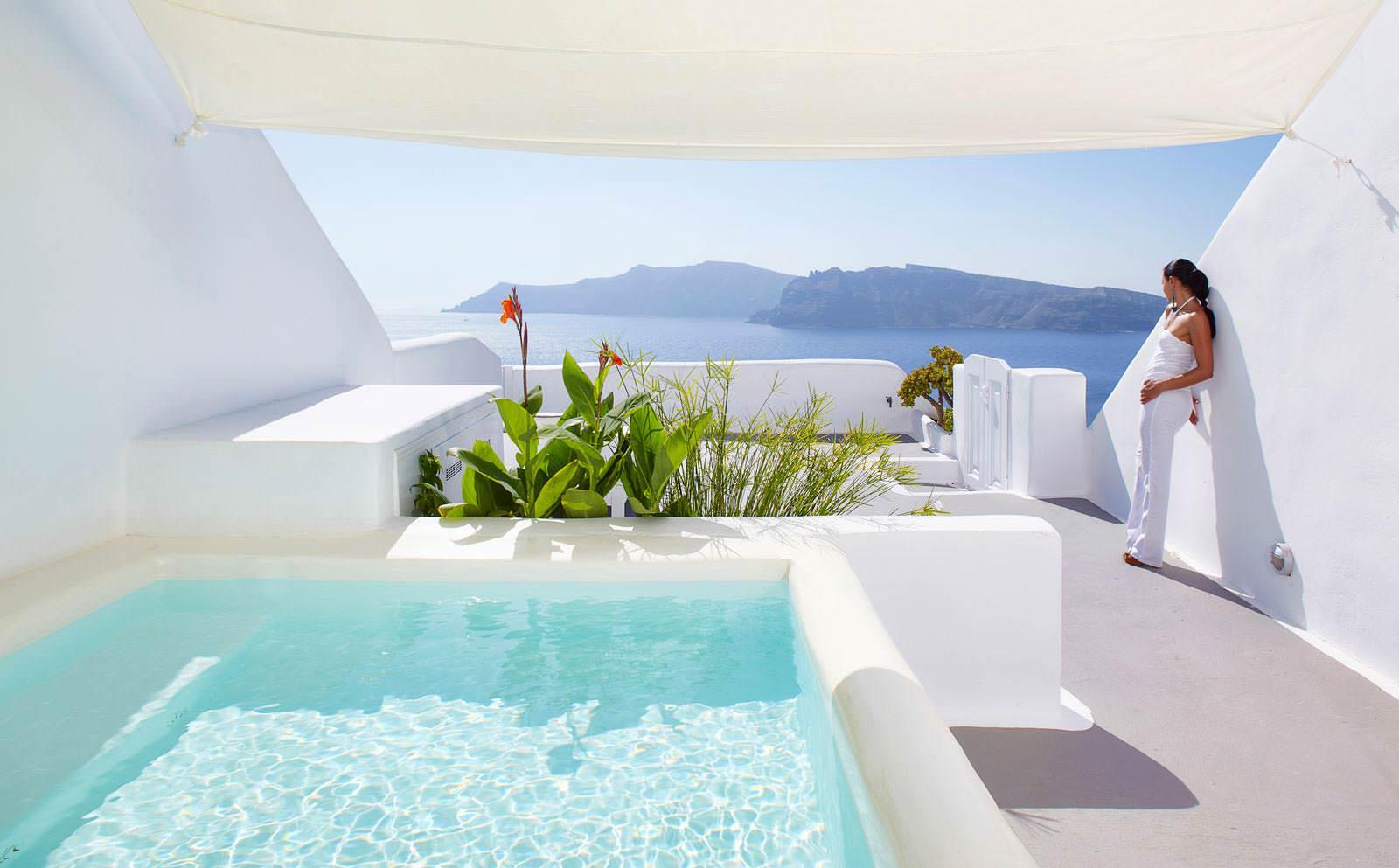 kirini boutique hotel oia santorini tailor made holidays to greece. Black Bedroom Furniture Sets. Home Design Ideas