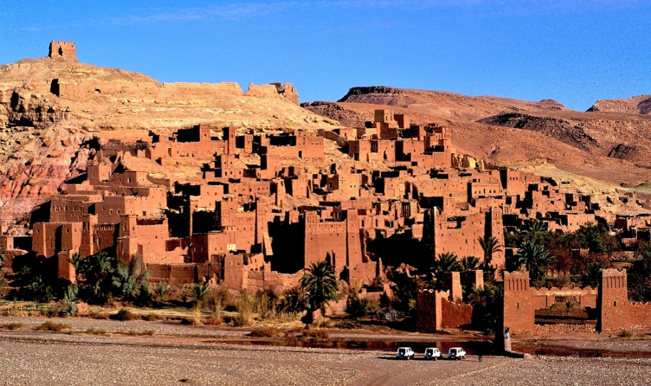 Ait Ben Haddou kasbah - www.visitmorocco.com/Moroccan National Tourist Office. Copyright is retained by the Moroccan National Tourist Office, all rights reserved.