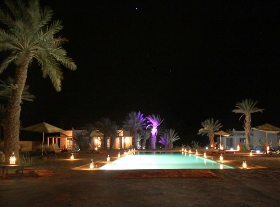Bab Rimal Hotel - pool by night