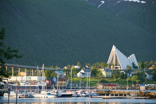Tromso Arctic Cathedral (CH - Visitnorway.com)