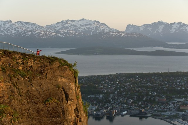 Tromso mountain (CH - Visitnorway.com)